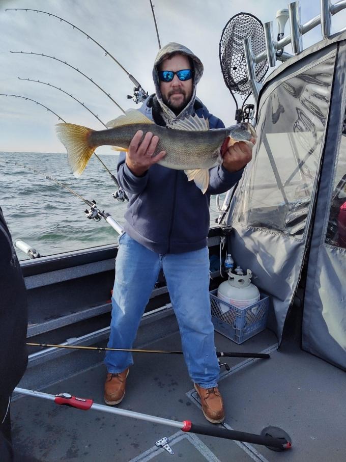 saturday 11/14 trip report out of Huron-111520-028-jpg