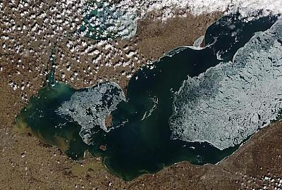 Spring is Here, Lake Erie Ice is Going FAST! by Walleye_Rick in Main Album